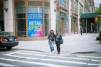 A vacant storefront in the Upper West Side neighborhood of in New York on Sunday, april 30, 2017. Because of consumers' shift to online shopping and the over-building of retail, storefronts are going vacant, rents are softening and landlords are more likely to offer concessions. (© Richard B. Levine)