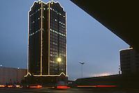 1987 December 22..Redevelopment...Downtown South (R-9)..DOMINION TOWER...NEG#.NRHA#..