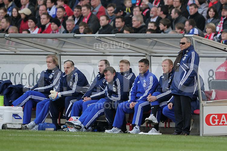 FUSSBALL   1. BUNDESLIGA   SAISON 2010/2011  25. SPIELTAG    04.03.2011 VfB Stuttgart - FC Schalke 04                  Trainer Felix Magath (FC Schalke 04) nachdenklich