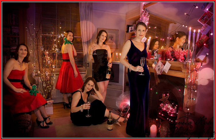 Multiple self-portrait photo Christmas card. How I did it: http://www.vivecakohphotography.co.uk/2011/01/26/cloned-self-portraits-how-i-do-it/
