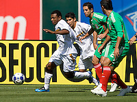 05 July 2009:  Samuel Wilson of Nicaragua in action during the game against Mexico at Oakland-Alameda County Coliseum in Oakland, California.    Mexico defeated Nicaragua, 2-0.