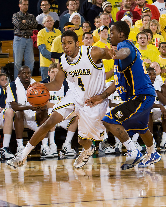 University of Michigan men's basketball 76-46 victory over Coppin State at Crisler Arena on 12/22/09.