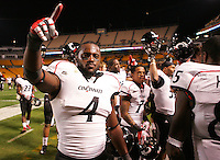 PITTSBURGH, PA - NOVEMBER 05:  Maalik Bomar #4 of the Cincinnati Bearcats celebrates with his teammates following their win against the Pittsburgh Panthers on November 5, 2011 at Heinz Field in Pittsburgh, Pennsylvania.  (Photo by Jared Wickerham/Getty Images)