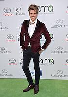 BURBANK, CA. October 22, 2016: Joey Graceffa at the 26th Annual Environmental Media Awards at Warner Bros. Studios, Burbank.<br /> Picture: Paul Smith/Featureflash/SilverHub 0208 004 5359/ 07711 972644 Editors@silverhubmedia.com