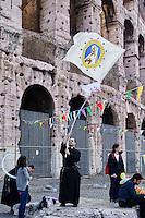 Roma 12  Maggio 2013. .Marcia nazionale per la Vita contro la legge 194 sull'aborto organizzata dai movimenti cattolici.Rome May 12, 2013..National March for Life against abortion law 194, organized by the Catholic movements.