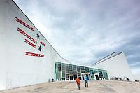 Visitors arriving at Arken Museum of Modern Art ( ARKEN Museum for Moderne Kunst ) at Ishoj near Copenhagen, Denmark