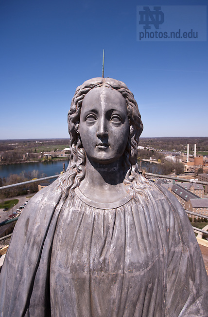 Apr. 15, 2005; Mary Statue on the Main Building during the 2005 re-gilding...Photo by Matt Cashore