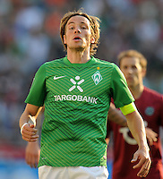 FUSSBALL   1. BUNDESLIGA   SAISON 2011/2012    8. SPIELTAG Hannover 96 - SV Werder Bremen                             02.10.2011 Clemens FRITZ (SV Werder Bremen)