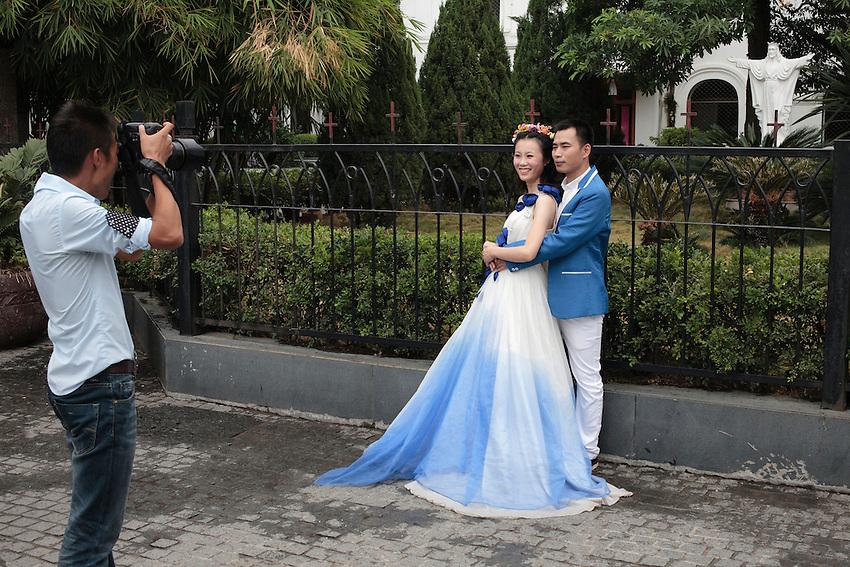 Gulangyu et son inattendu paysage d'architecture européenne est devenue un des lieux favoris des jeunes mariés de Chine continentale.