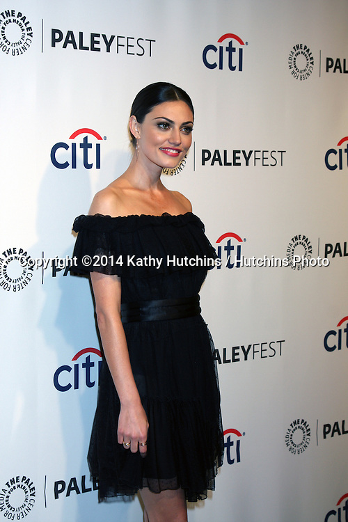 "LOS ANGELES - MAR 22:  Phoebe Tonkin at the PaleyFEST 2014 - ""The Vampire Diaries"" & ""The Originals"" at Dolby Theater on March 22, 2014 in Los Angeles, CA"