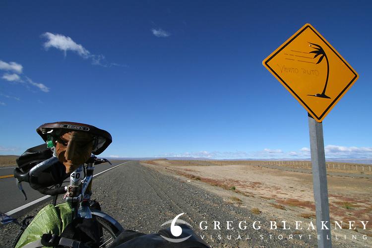 Wind ahead - Ruta 40 Pataognia - Argentina - South America