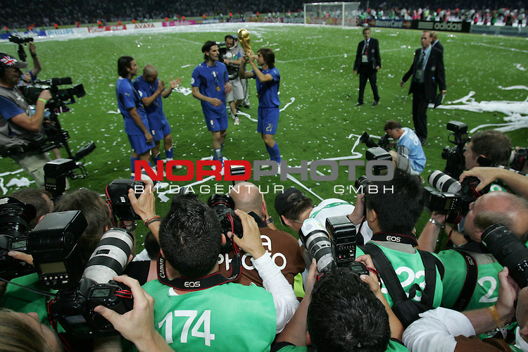 FIFA WM 2006 - Final / Finale<br /> Play #64 (09-Jul) - Italy vs France.<br /> Italy (Andrea Pirlo, r) is World Champion / Weltmeister 2006 mit dem Pokal / Trophy after the match of the World Cup in Berlin.<br /> Foto &copy; nordphoto