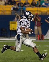 22 September 2007: Connecticut wide receiver Larry Taylor..The Connecticut Huskies defeated the Pitt Panthers 34-14 on September 22, 2007 at Heinz Field in Pittsburgh, Pennsylvania.