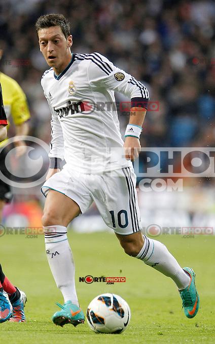 Real Madrid's Mesut Özil during La Liga Match. October 20, 2012. (ALTERPHOTOS/Alvaro Hernandez) /NortePhoto