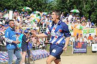 FIERLJEPPEN, WINSUM: 08-08-2015, FK Fierljeppen, Oane Galama (Wiuwert) wint met 20.22m, ©foto Martin de Jong