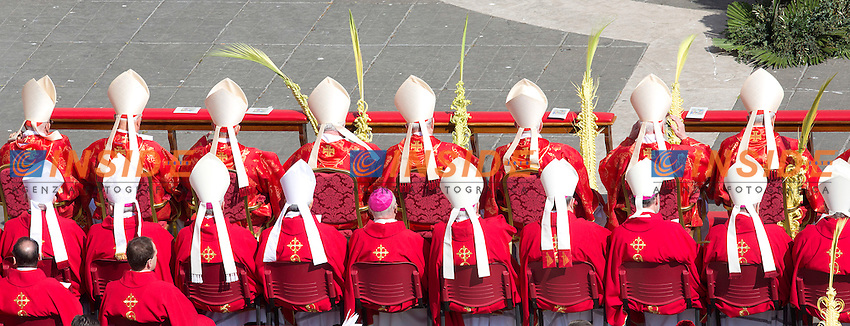 Cardinali<br /> Roma 20-03-2016 Vaticano Piazza San Pietro. Santa Messa per la domenica delle Palme. St Peter's Square. Holy Mass for Sunday of Palms.<br /> Photo Samantha Zucchi Insidefoto