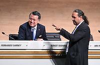 Fussball International Ausserordentlicher FIFA Kongress 2016 im Hallenstadion in Zuerich 26.02.2016 Scheich Ahmad Al Fahad AL SABAH (re, Kuwait, FIFA-Exekutivkomitee) und Kohzo TASHIMA  (Japan, FIFA-Exekutivkomitee)