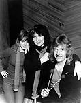 Heart 1982 Nancy Wilson, Ann Wilson and Howard Leese in their Seattle Studio.© Chris Walter.