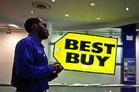 A workers of best buy waits for customers inside one of their stores in Manhattan. Best Buy will Management discusses Q4 results on thursday in New York, United States. 28/03/2012.  Photo by Eduardo Munoz Alvarez / VIEWpress.