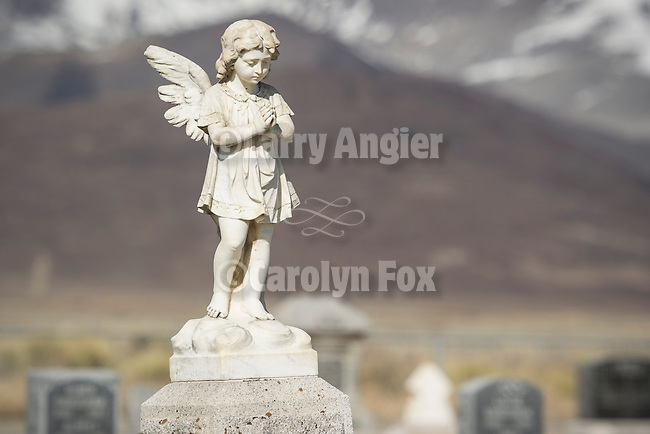 Angel statue headstones, Paradise Valley Cemetery, Nev.