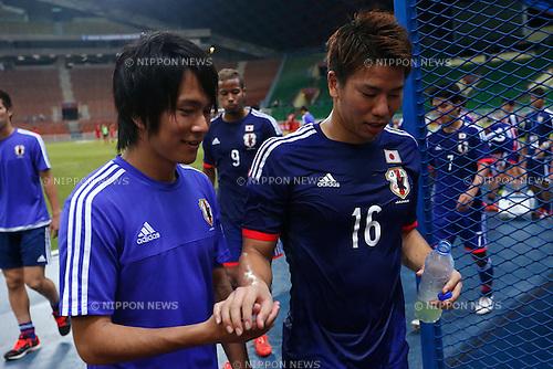 (L-R) Shinya Yajima, Takuma Asano (JPN), MARCH 29, 2015 - Football / Soccer : AFC U-23 Championship 2016 Qualification Group I match between U-22 Japan 2-0 U-22 Vietnam at Shah Alam Stadium in Shah Alam, Malaysia. (Photo by Sho Tamura/AFLO SPORT)