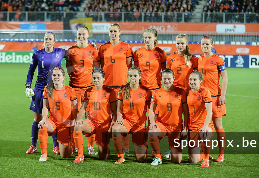 20140212 - ZWOLLE , THE NETHERLANDS : Dutch National team pictured with Loes Geurts (1), Kika Van Es (2) , Stefanie Van der Gragt (3) , Mandy Van Den Berg (4) , Sherida Spitse (8) , Renee Slegers (10) , Siri Worm (5) , Anouk Dekker (6) , Manon Melis (7) , Vivianne Miedema (9), Lieke Martens (11) during the female soccer match between The Netherlands and Belgium , on the fifth matchday in group 5 of the UEFA qualifying round to the FIFA Women World Cup in Canada 2015 at Het Ijseldelta Stadion , Zwolle . Wednesday 12th February 2014 . PHOTO DAVID CATRY
