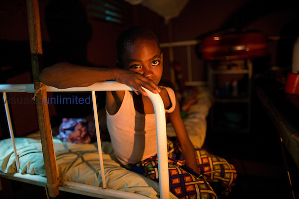 Sick child in MSF hospital in Central African Republic