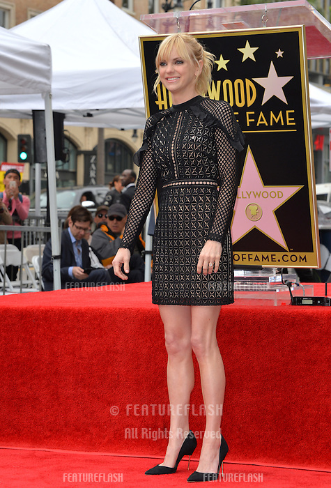 Actress Anna Faris at the Hollywood Walk of Fame Star Ceremony honoring actor Ryan Reynolds.<br /> Los Angeles, CA. <br /> December 15, 2016<br /> Picture: Paul Smith/Featureflash/SilverHub 0208 004 5359/ 07711 972644 Editors@silverhubmedia.com