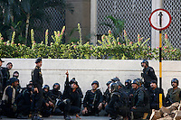 National Securoty Guard (NSG) commandos await the call to action outside the Taj Mahal Palace Hotel after multiple terrorist attacks were launched in Mumbai on 26/11/2008..
