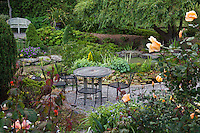 Sally Robertson's California cottage garden