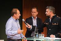 SCHAATSEN: UTRECHT: 23-10-2014, TivoliVredenburg, Perspresentatie Team LottoNL - Jumbo, Jac Orie (Trainer Schaatsploeg), Richard Plugge (Manager Wielerploeg), Hidde van Warmerdam (presentator/interviewer), ©foto Martin de Jong