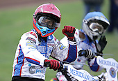 Greg Hancock of Reading salutes the crowd after winning heat 1 - Reading Bulldogs vs Lakeside Hammers at Reading - 23/04/07 - MANDATORY CREDIT: TGSPHOTO
