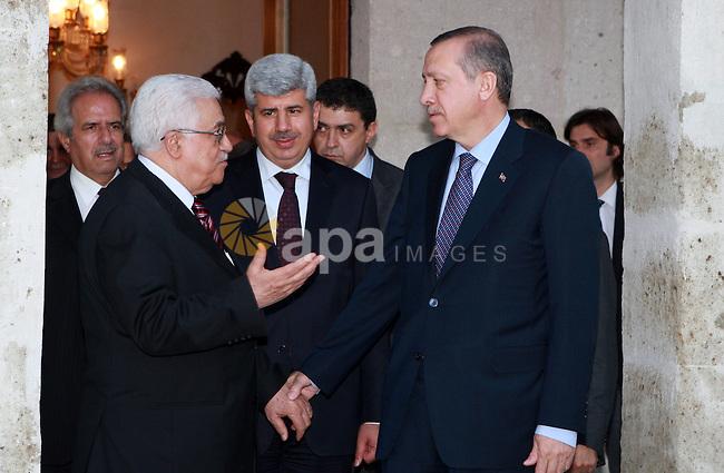 Palestinian President Mahmoud Abbas (Abu Mazen) meets with Turkish Prime Minister Erdogan on June 04, 2012.  Photo by Thaer Ganaim