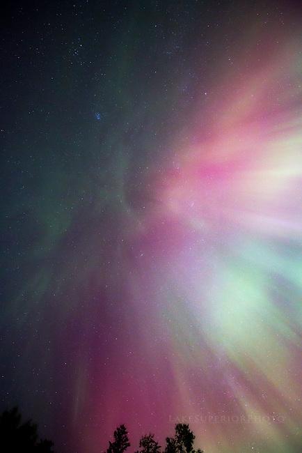 pink, purple, orange, yellow, green, aurora corona