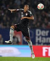 USSBALL   1. BUNDESLIGA    SAISON 2012/2013    10. Spieltag   Hamburger SV - FC Bayern Muenchen                    03.11.2012 Jerome Boateng (FC Bayern Muenchen) Einzelaktion am Ball