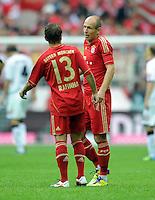 FUSSBALL   1. BUNDESLIGA  SAISON 2011/2012   1. Spieltag FC Bayern Muenchen - Borussia Moenchengladbach           07.08.2011 Rafinha , Arjen Robben (FC Bayern Muenchen)