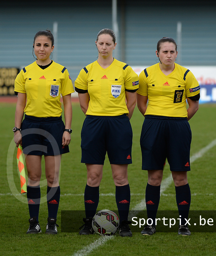 20150406 - MELUN , France :<br /> <br /> Referee Lorraine Clark (middle) with assistent referee Aur&eacute;lie Efe (left) and assistent referee Nicole Andrews (right)<br /> , pictured during the female soccer match between Women Under 19 teams of Iceland and Russia , on the Secund matchday  in Group 3 of the UEFA Elite Round Women Under 19 at the Stade Municipal , Melun , France<br /> <br /> Thursday 31 march 2015<br /> foto Dirk Vuylsteke / David CATRY