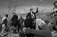 Labor investigators Marcus Vinicius Gonçalves and Luis Henrique Rafael investigate labor conditions at sugarcane plantation in Bocaina city region, Sao Paulo State, Brazil. US press follow them. May 2008.