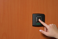 green power switch to put an AED on or off