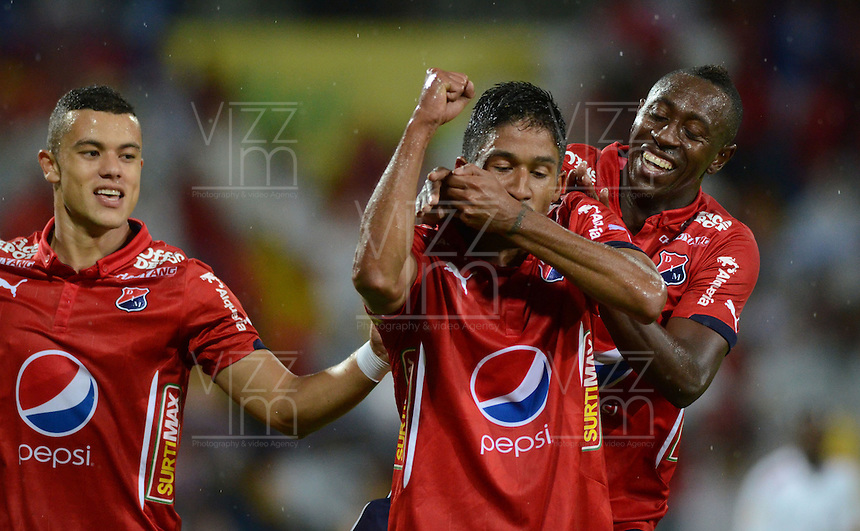 MEDELLÍN -COLOMBIA-1-MAYO-2016.Christian Marrugo del Medellín celebra su gol contra  Fortaleza FC  durante partido por la fecha 16 de Liga Águila I 2016 jugado en el estadio Atanasio Girardot ./ Christian Marrugo of  Medellin  celebrates his goal against of Fortaleza  FC during the match for the date 16 of the Aguila League I 2016 played at Atanasio Girardot  stadium in Medellin . Photo: VizzorImage / León Monsalve  / Contribuidor
