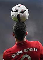 Fussball  1. Bundesliga  Saison 2016/2017  16. Spieltag  FC Bayern Muenchen - RB Leipzig        21.12.2016 Robert Lewandowski (FC Bayern Muenchen) kann es akrobatisch