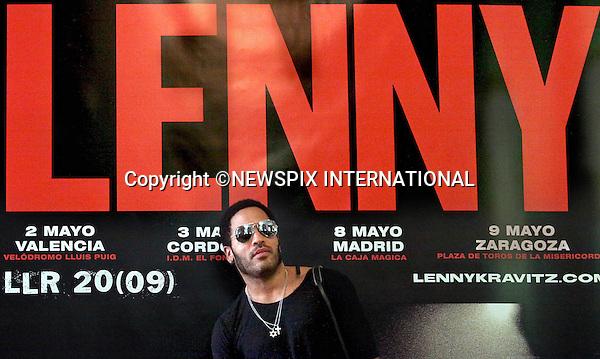 "LENNY KRAVITZ.Madrid_06/05/2009.Mandatory Credit Photo: ©NEWSPIX INTERNATIONAL..**ALL FEES PAYABLE TO: ""NEWSPIX INTERNATIONAL""**..IMMEDIATE CONFIRMATION OF USAGE REQUIRED:.Newspix International, 31 Chinnery Hill, Bishop's Stortford, ENGLAND CM23 3PS.Tel:+441279 324672  ; Fax: +441279656877.Mobile:  07775681153.e-mail: info@newspixinternational.co.uk"