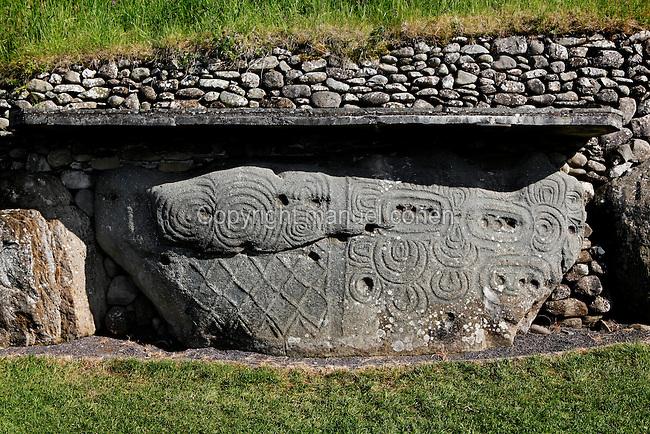 Newgrange manuel cohen