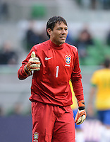 FUSSBALL   INTERNATIONAL   Testspiel    Japan - Brasilien          16.10.2012 Torwart Diego Alves (Brasilien)