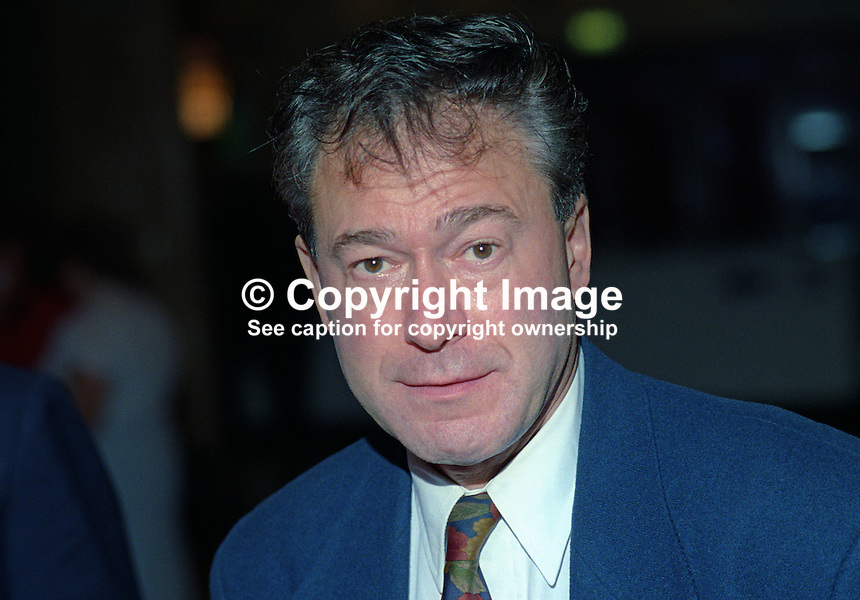 Tony Banks, MP, Labour Party, UK, taken annual conference, October 1992. 19921021TB..Copyright Image from Victor Patterson, 54 Dorchester Park, Belfast, UK, BT9 6RJ..Tel: +44 28 9066 1296.Mob: +44 7802 353836.Voicemail +44 20 8816 7153.Skype: victorpattersonbelfast.Email: victorpatterson@me.com.Email: victorpatterson@ireland.com (back-up)..IMPORTANT: If you wish to use this image or any other of my images please go to www.victorpatterson.com and click on the Terms & Conditions. Then contact me by email or phone with the reference number(s) of the image(s) concerned.