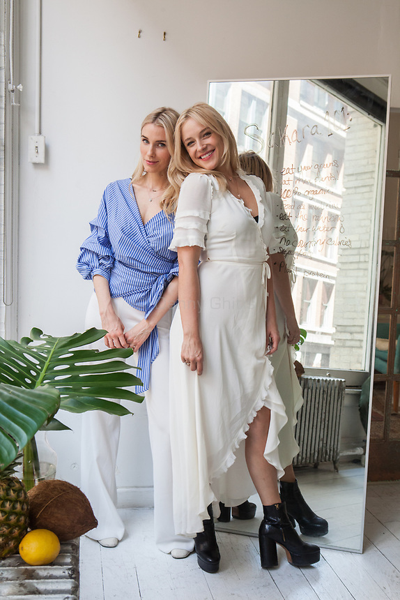 Sakara Life founders Whitney Tingle and Danielle DuBoise at their SoHo office.<br /> <br /> Danny Ghitis for The New York Times