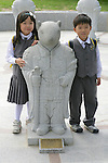 School Children with Statue, Gyeongbok Palace