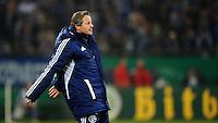 FUSSBALL   DFB POKAL    SAISON 2012/2013    ACHTELFINALE FC Schalke 04 - FSV Mainz 05                          18.12.2012 Trainer Jens Keller (FC Schalke 04)