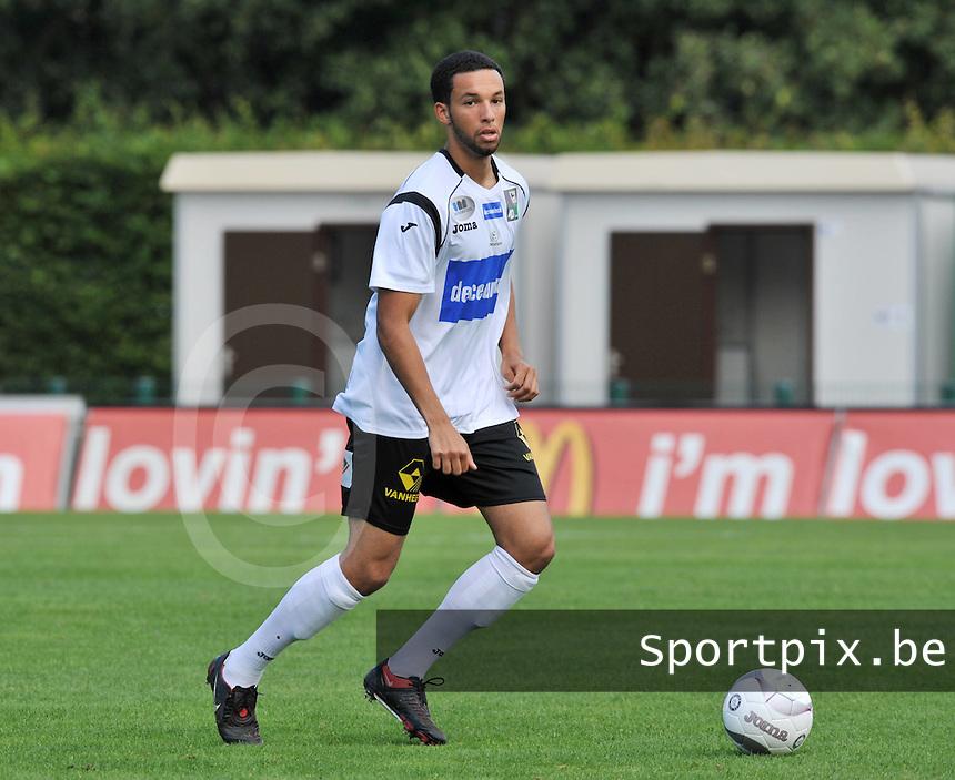 KSV Roeselare : Cedric Guiro.foto VDB / BART VANDENBROUCKE