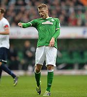 FUSSBALL   1. BUNDESLIGA   SAISON 2013/2014   9. SPIELTAG SV Werder Bremen - SC Freiburg                           19.10.2013 Aaron Hunt (SV Werder Bremen) aergert sich ueber eine vergebene Torchance